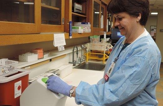 "New lab purchase helps Richland patients lose ""wait."""